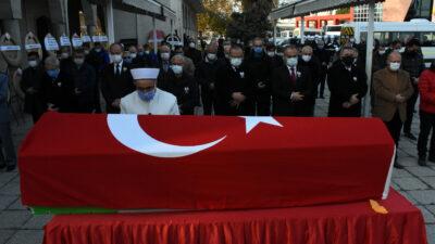 Bursa'da emekli Vali Zekai Gümüşdiş'e son görev