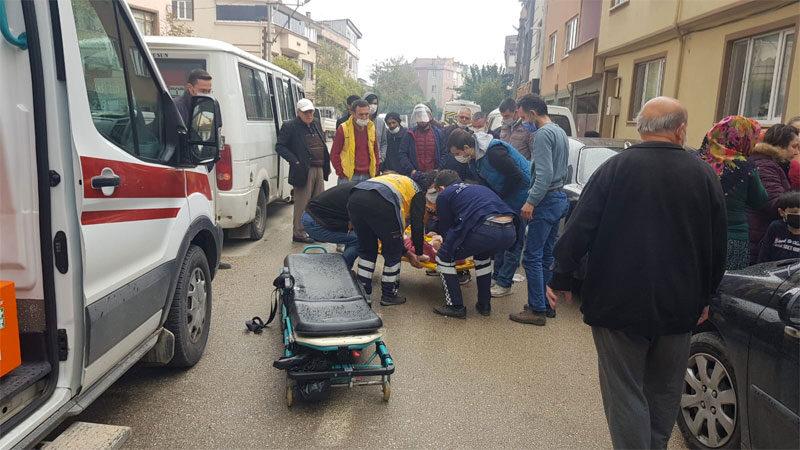 Bursa'da feci kaza! Babasına koşuyordu…