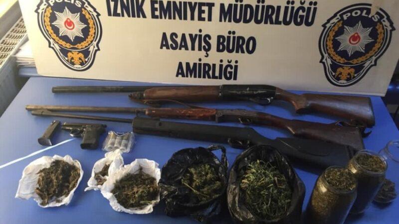 Bursa'da uyuşturucu operasyonu: 4 gözaltı