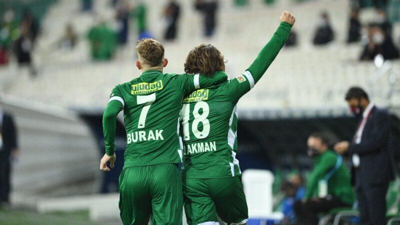 Bursaspor'un gollerinize ihtiyacı var… Sizi sahneye alalım gençler!