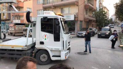 Bursa'da çekicinin motosikletliye çarpma anı kamerada