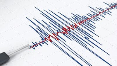 Antalya'da 5,2'lik deprem!