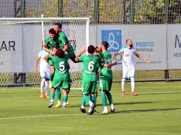 3.Lig'deki Bursa ekibi 90+4'te kurtardı!