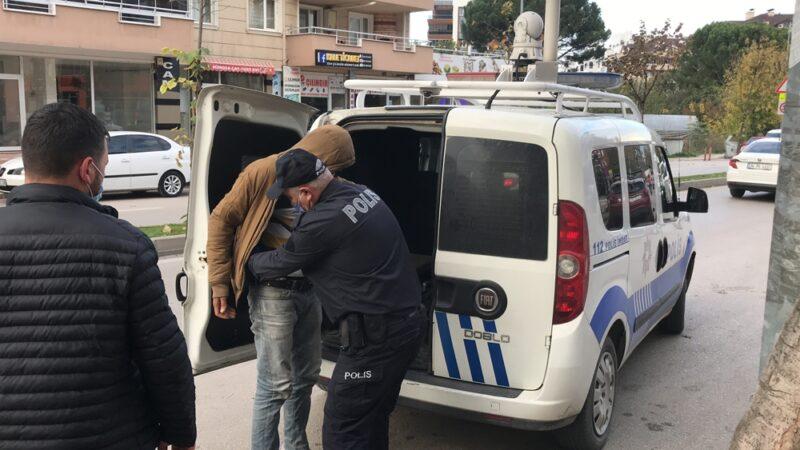 Bursa'da hırsıza esnaftan meydan dayağı