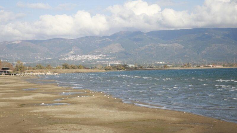 İznik Gölü'ndeki çekilme inceleniyor