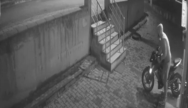 Bursa'da lüks motosiklet hırsızı kameraya böyle yakalandı