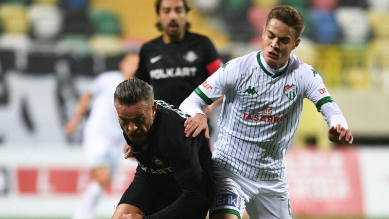Timsah öne geçtiği maçı yine kaybetti… Bursaspor İzmir'den puansız dönüyor…