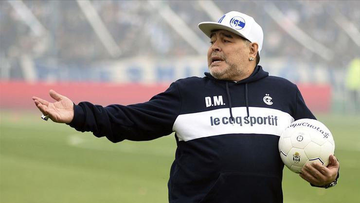 Maradona hastaneye kaldırıldı…