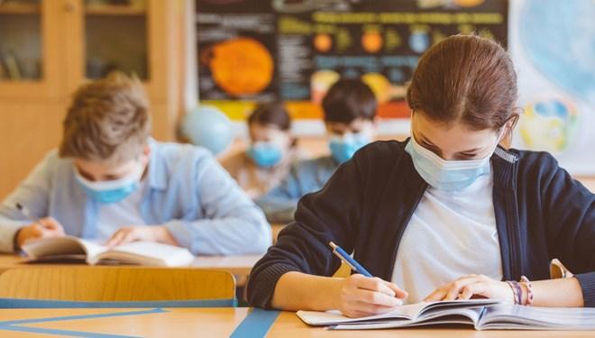 Okullar tekrar kapatılır mı? Bilim Kurulu Üyesi'nden yanıt