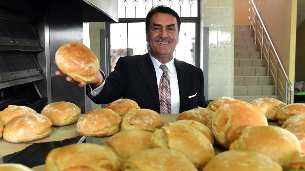 Osmangazi'de her gün 6 bin ekmek kapıda