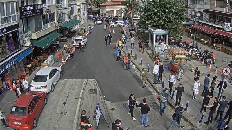 Depremden yeni görüntü: Panik anları kamerada