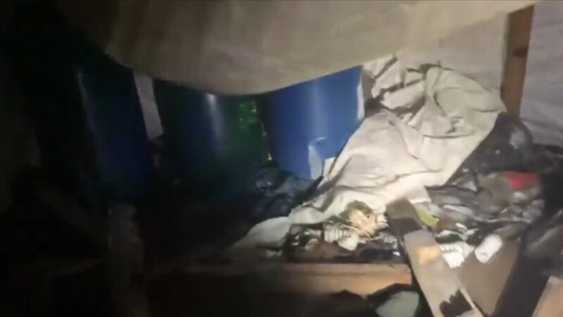 PKK'nın karargah olarak kullandığı 8 odalı mağara imha edildi