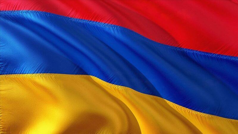 Ermenistan'da 3 bakan görevden alındı