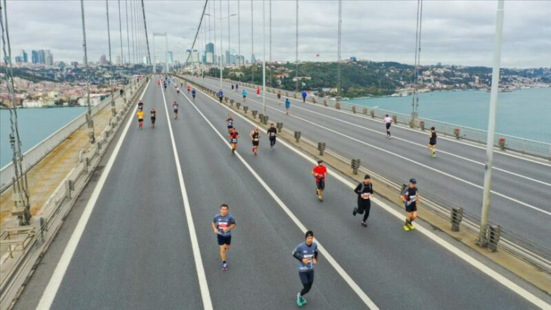 42. İstanbul Maratonu'nda kazananlar Kenya'lı atletler oldu