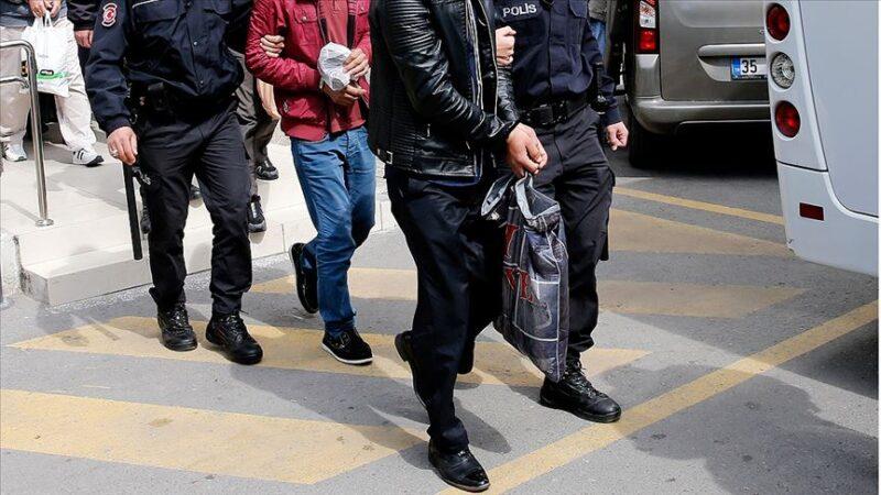 İzmir'de DEAŞ operasyonu: 5 gözaltı