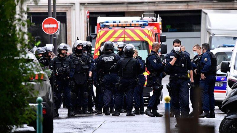 Fransa'da Türklere destek gösterisine katılan 3 kişi gözaltında
