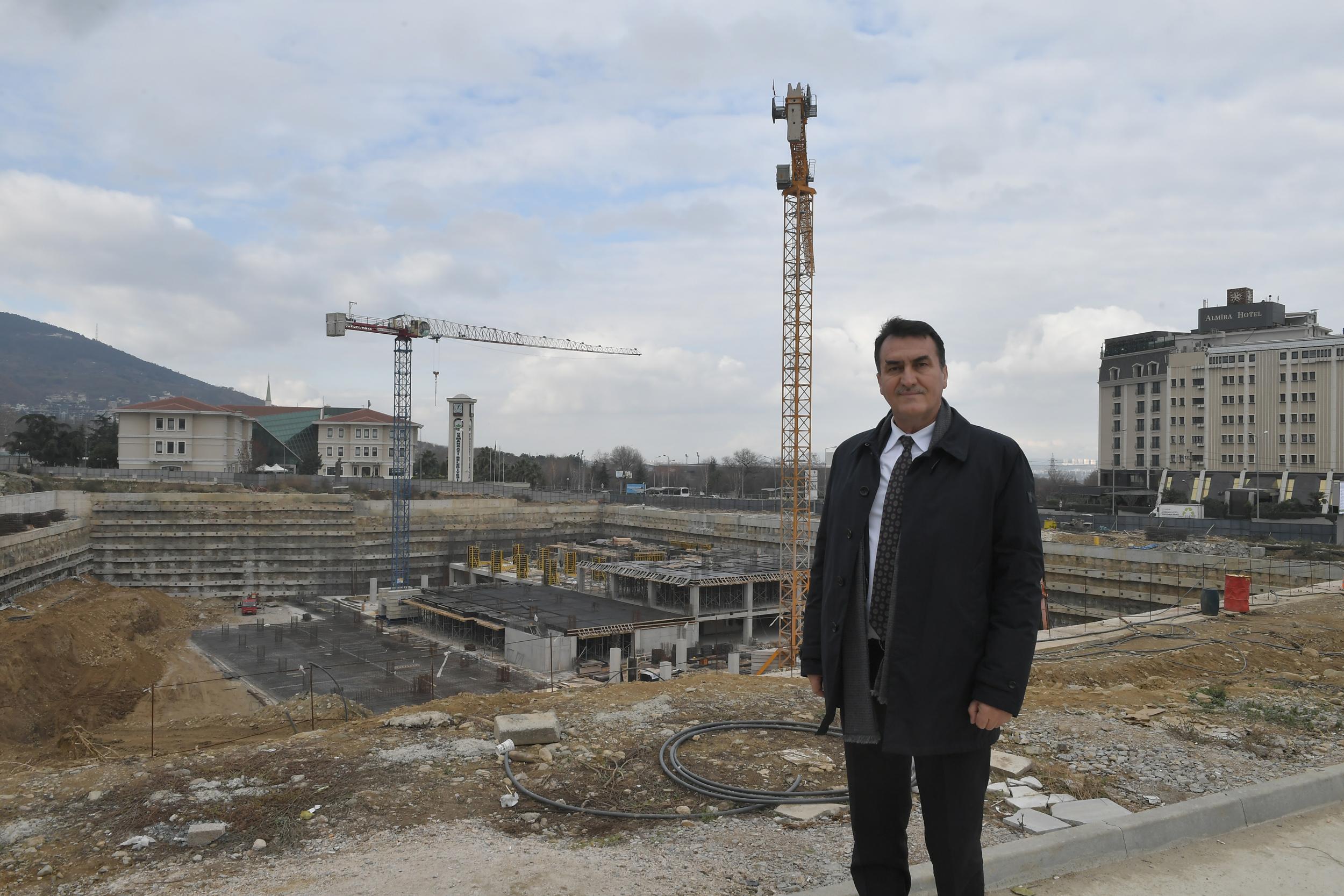 Kent Meydanı'nda kazı bitti inşaat yükselmeye başladı