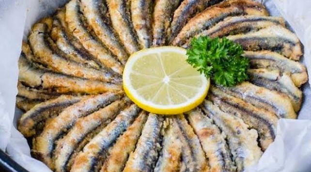 Trabzon Emniyeti tavsiye etti: Ceza yeme, hamsi ye