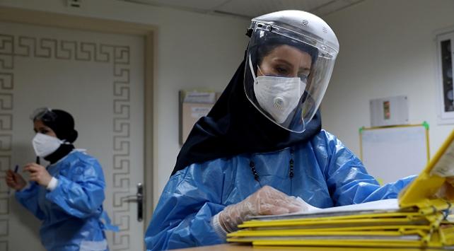 İran'da 284 kişi daha koronavirüsten öldü