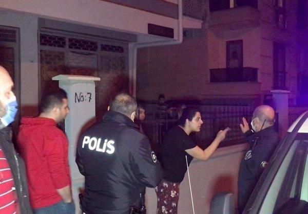 Bursa'da ortalık bir anda karıştı! Linçten polis kurtardı