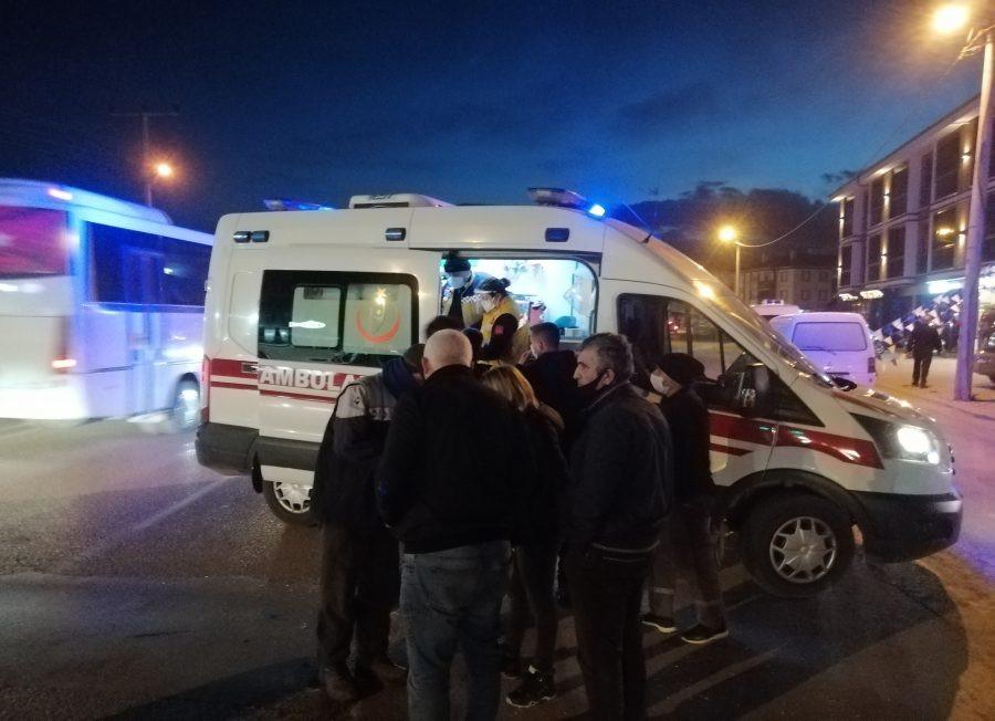 Bursa'da kamyonetle çarpışan motosikletin sürücüsü yaralandı