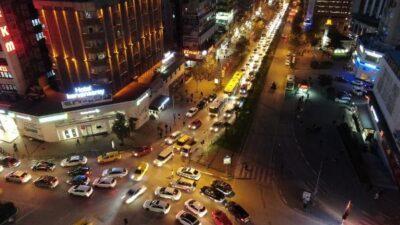 Kısıtlamaya dakikalar kala Bursa trafiğine havadan denetim