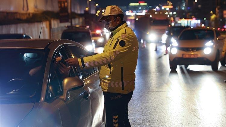 Kısıtlamayı ihlal eden alkollü sürücü ceza yazılınca ağladı