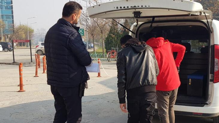 Bursa'da aranan iki şüpheli yakalandı