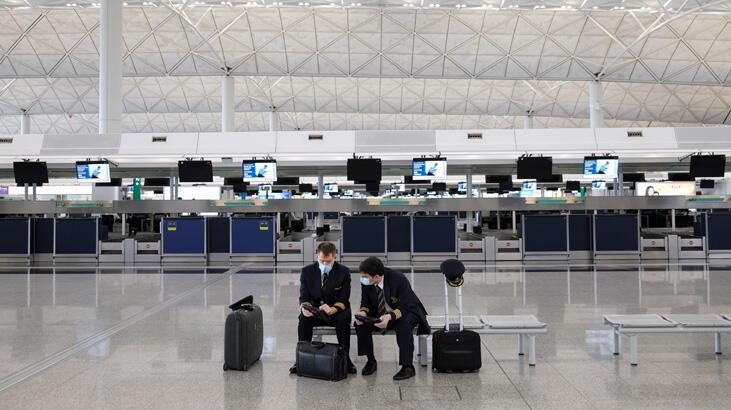 Hong Kong da İngiltere'ye uçuş yasağı getirdi