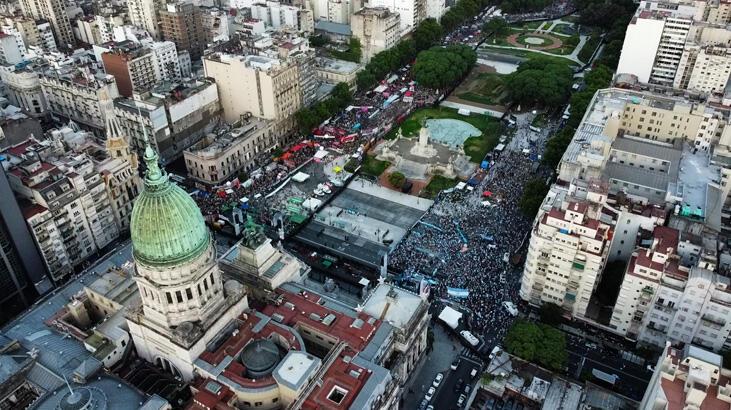 Arjantin'de kürtaja onay çıktı