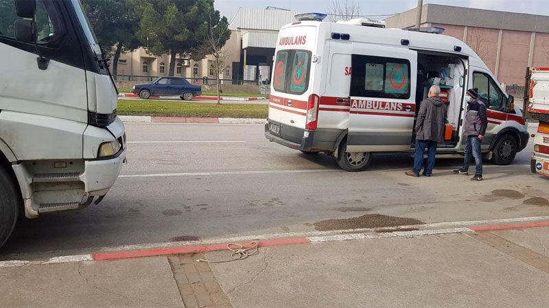 Yer: Bursa… Kamyon kupasının üstünden düşen sürücü yaralandı