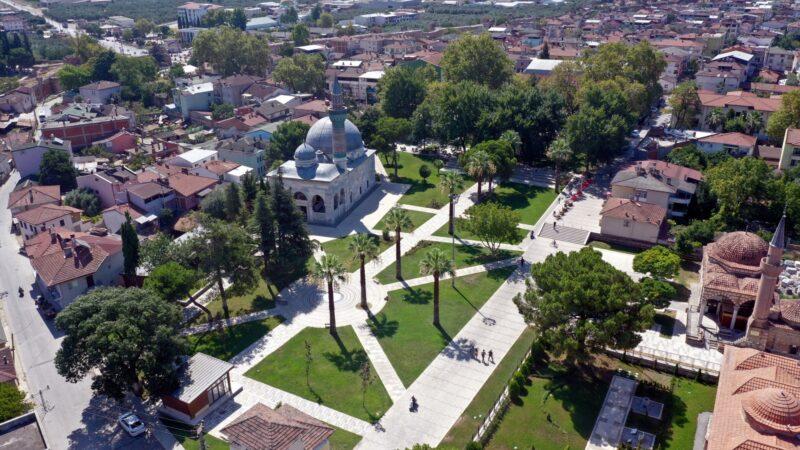 Bursa'da 600 yıllık eser meydanla taçlandı