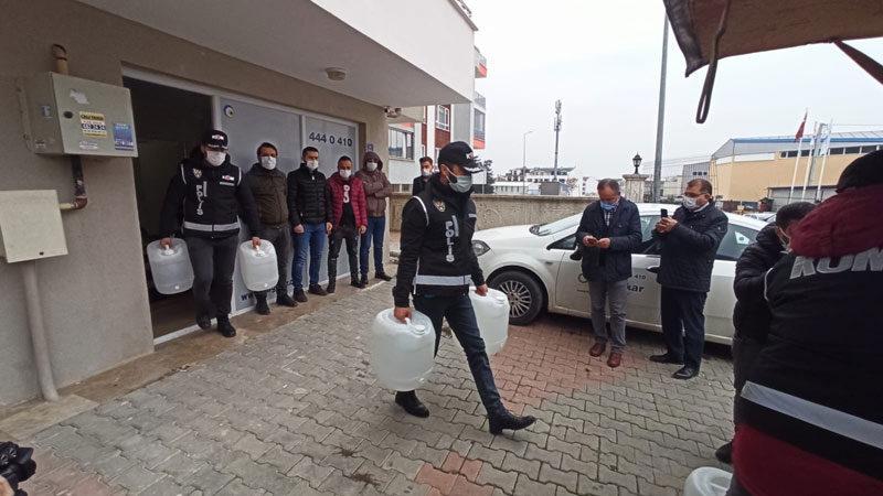 Bursa'da 1 ton sahte içki ele geçirildi