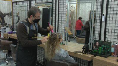 İşte 2021'in saç ve makyaj trendleri! Bursalı stilist OLAY'da açıkladı…