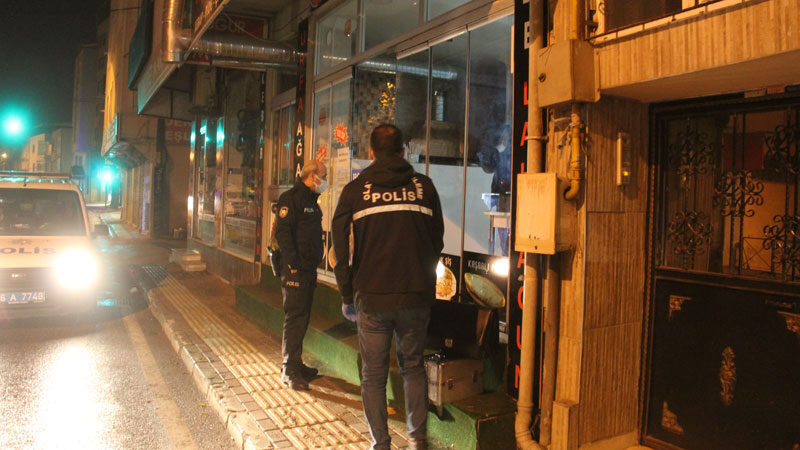Yer: Bursa… Kısıtlama saatinde sokağa çıkıp hırsızlık yaptı