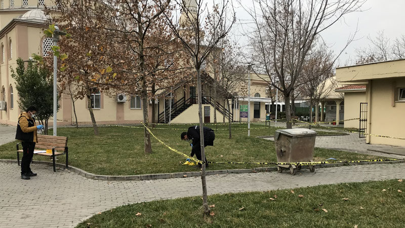 Bursa'da park kavgasında kan aktı