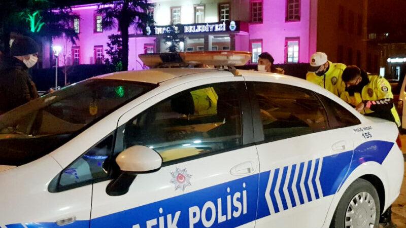 Bursa'da kısıtlamada kimliksiz gezen 2 kişi gözaltına alındı