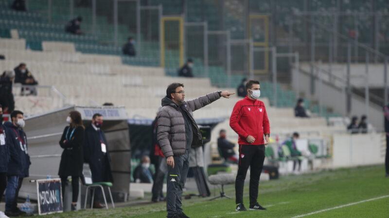 Bursaspor'un hocasından özeleştiri; Son 10 dakika iyi değildik…