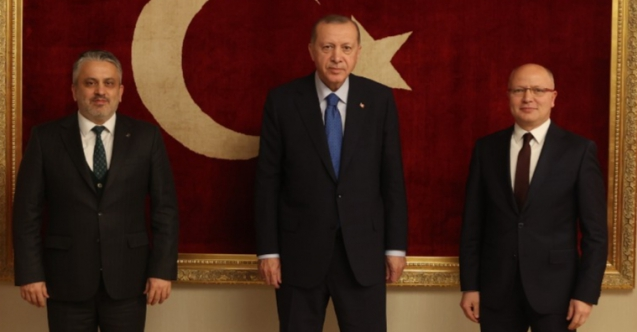 AK Parti Bursa'da nöbet değişimi… Ayhan Salman'dan veda mesajı…