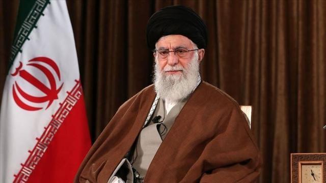 İranlı din adamından Hamaney'e ağır suçlama