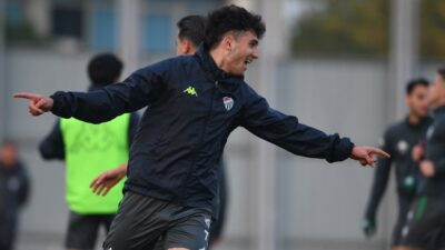 Bursaspor, Ümraniyespor maçı hazırlıklarını tamamladı