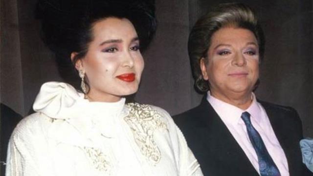 Bülent Ersoy ve Zeki Müren'in 40 yıl önce çektirdiği dudak dudağa pozları yeniden gündem oldu
