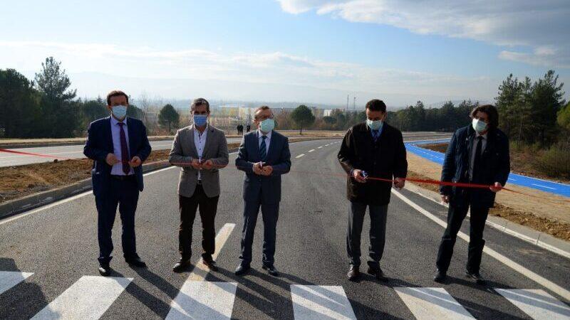 Bursa Uludağ Üniversitesi'nin yenilenen yolu trafiğe açıldı