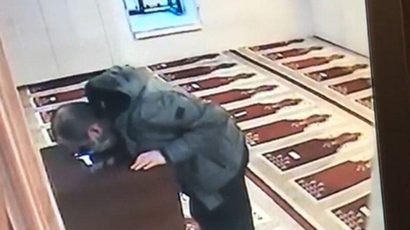Bursa'da cami kasasından özel aparatla para çaldı