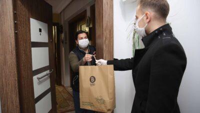 Covid hastası personele doğal ürünler jesti