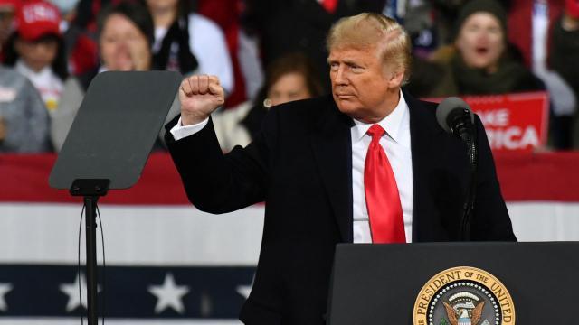 Trump'tan 20 kişiye özel af
