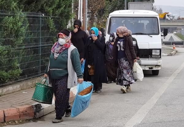 Bursa'da korsan servis aracı trafikten men edildi, işçiler yürüyerek gitti