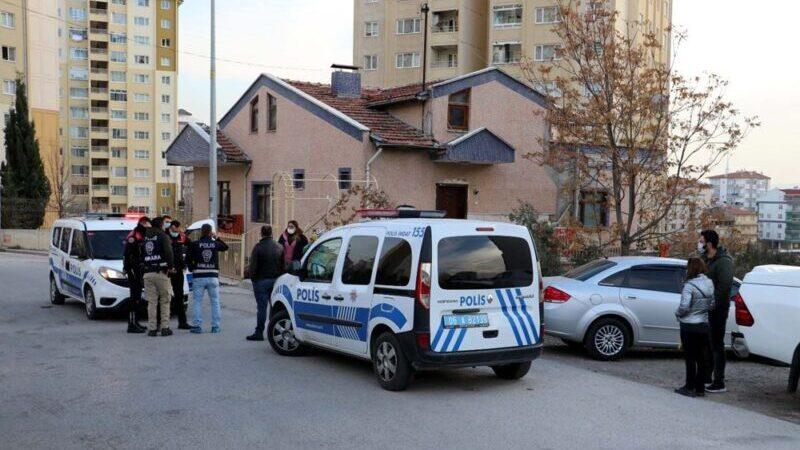 'Medyum'un evine baskın: 20 köpek ve 16 kediye el konuldu