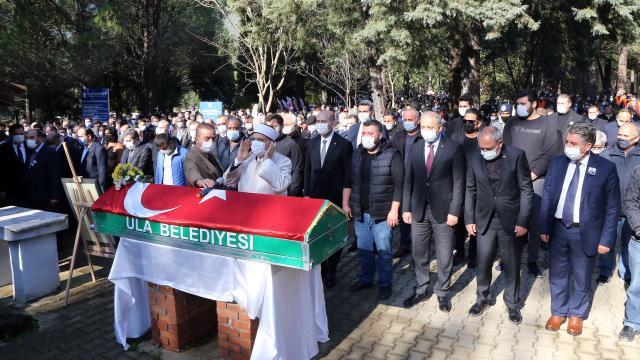 Ula Belediye Başkanı İsmail Akkaya son yolculuğuna uğurlandı