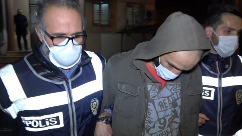Bursa'da kısıtlamada yakayı ele verdi